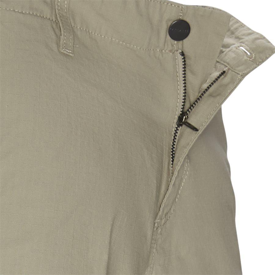 REGULAR CARGO SHORT. I015999 - Regular Cargo Shorts - Shorts - Regular - WALL RINSED - 4